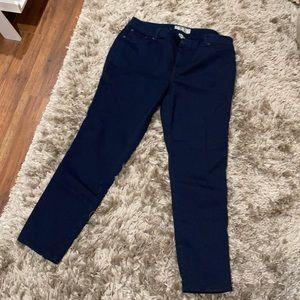 Size 18 Dark Jeans by 17/21 stretchy like new